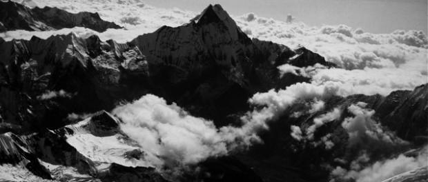 fot. Wanda Rutkiewicz; Machapuchare. Droga na Annapurnę 1991